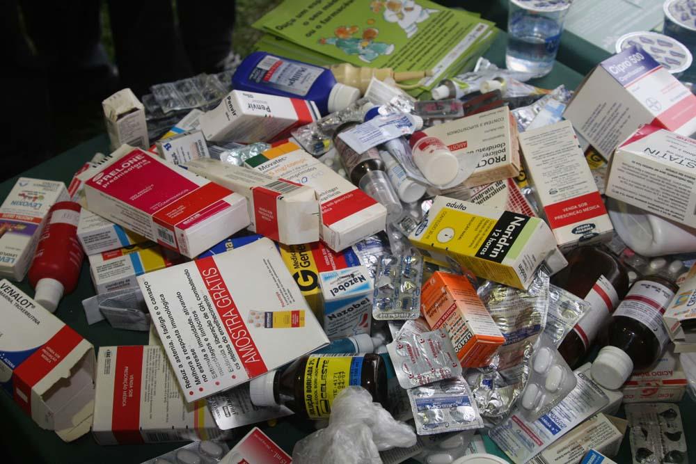 Como descartar remédios corretamente